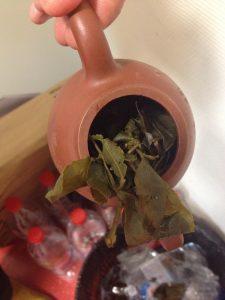 communiquer et déguster le thé